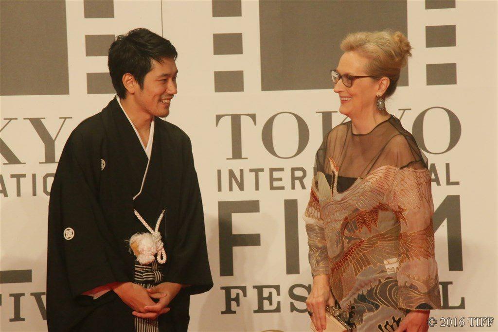 第29回 東京国際映画祭(TIFF) オープニングレッドカーペット メリル・ストリープ 松山ケンイチ