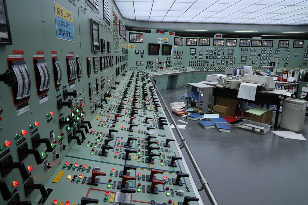 図2「中央制御室」