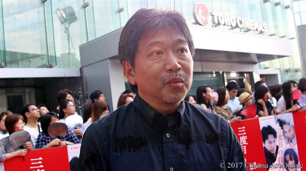 【写真】レッドカーペットサウンドバイツ 是枝監督