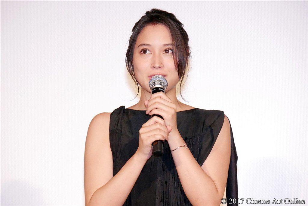 写真】 第30回 東京国際映画祭(TIFF) 特別招待作品『巫女っちゃけん。』舞台挨拶 広瀬アリス