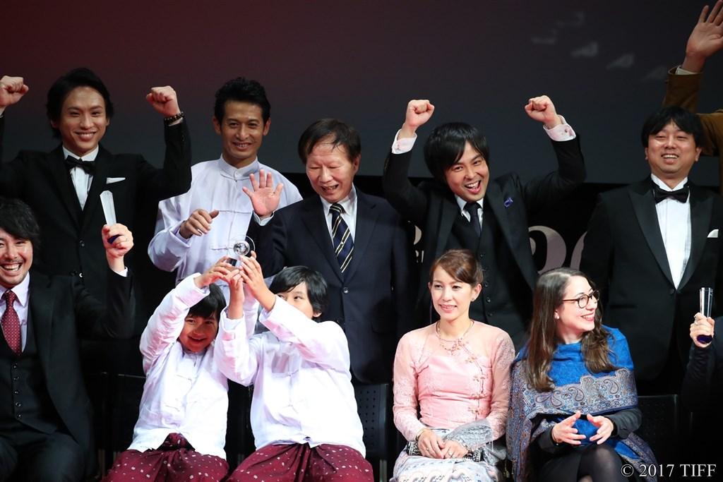 【写真】アジアの未来部門 作品賞&国際交流基金アジアセンター特別賞W受賞『僕の帰る場所』