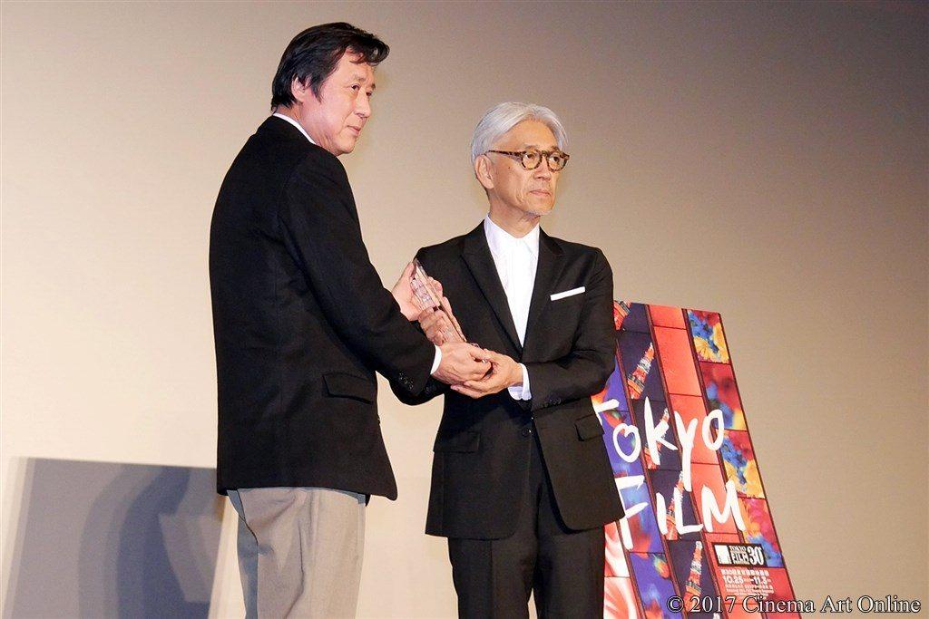 【写真】第30回 東京国際映画祭(TIFF) 第4回 SAMURAI賞授賞式 坂本龍一 & 久松猛朗フェスティバル・ディレクター