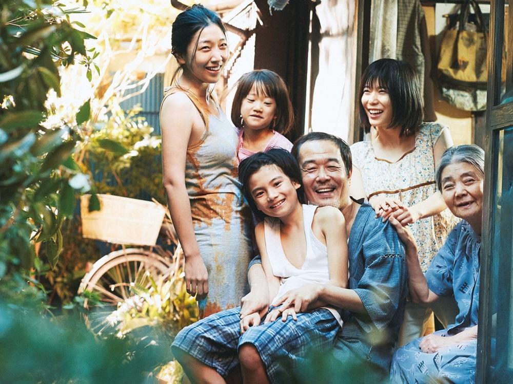 【画像】映画『万引き家族』メインカット