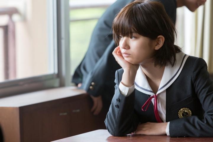 【画像】映画『志乃ちゃんは自分の名前が言えない』加代(蒔田彩珠)