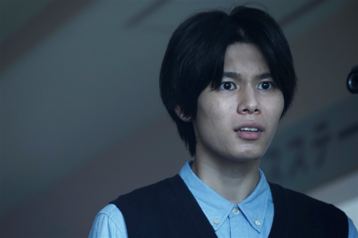 【画像】映画『十二人の死にたい子どもたち』(8番・タカヒロ / 萩原利久)