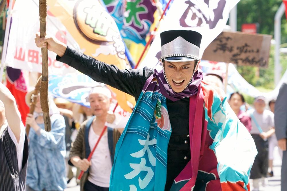 【画像】映画『翔んで埼玉』場面カット4