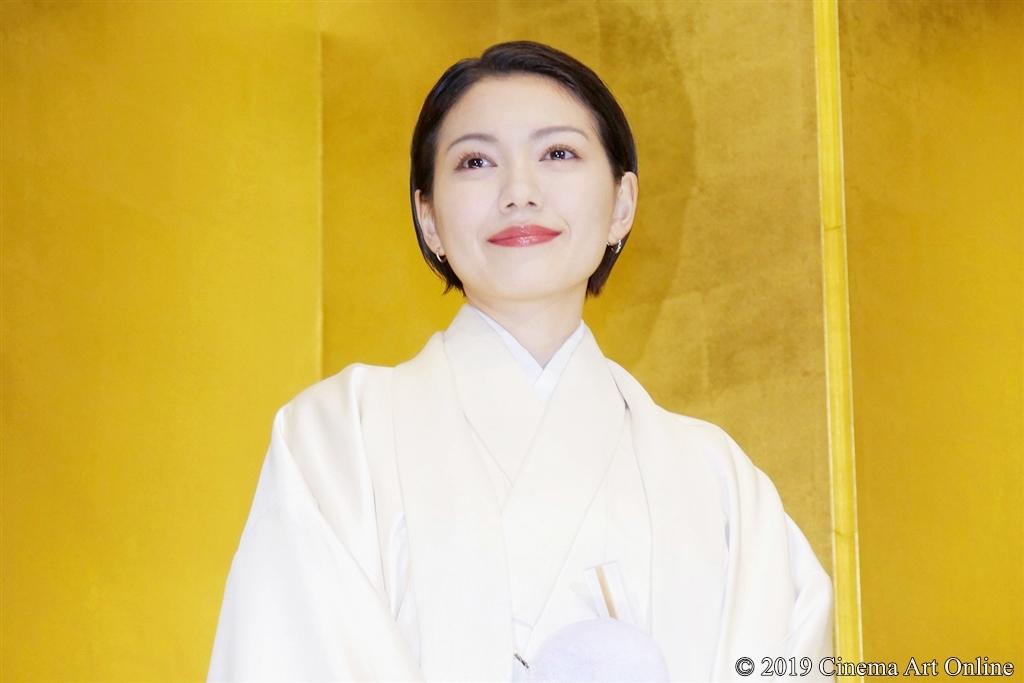 【写真】映画『翔んで埼玉』公開初日舞台挨拶 (二階堂ふみ)