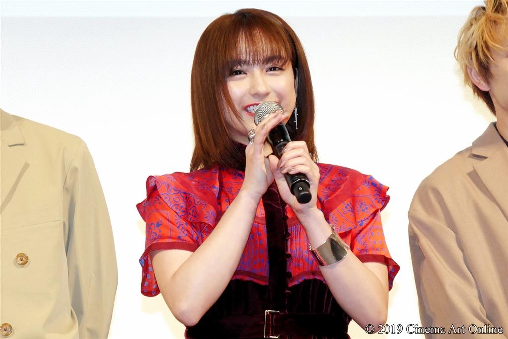 【写真】映画『凜—りん—』プレミア試写会舞台挨拶 (平祐奈)