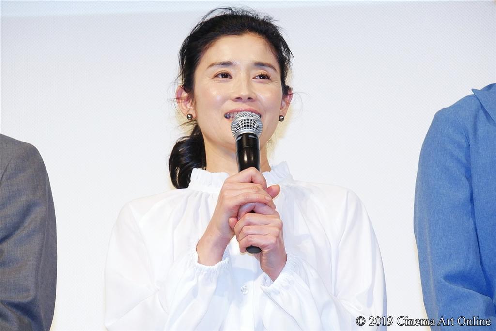 【写真】映画『凜—りん—』プレミア試写会舞台挨拶 (石田ひかり)