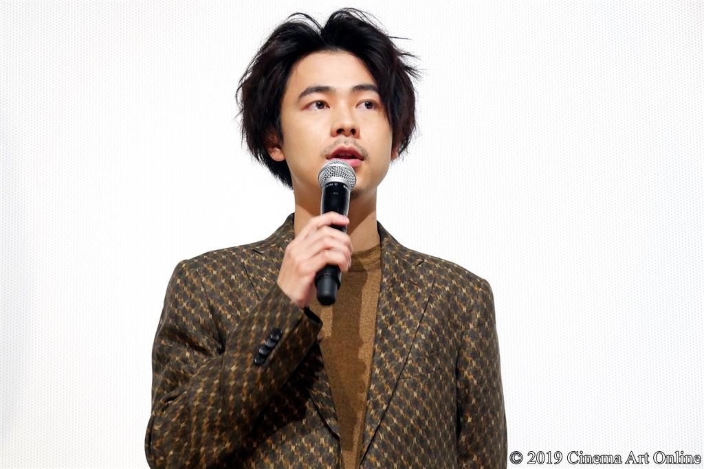 【写真】映画『愛がなんだ』完成披露上映会舞台挨拶 (成田凌)