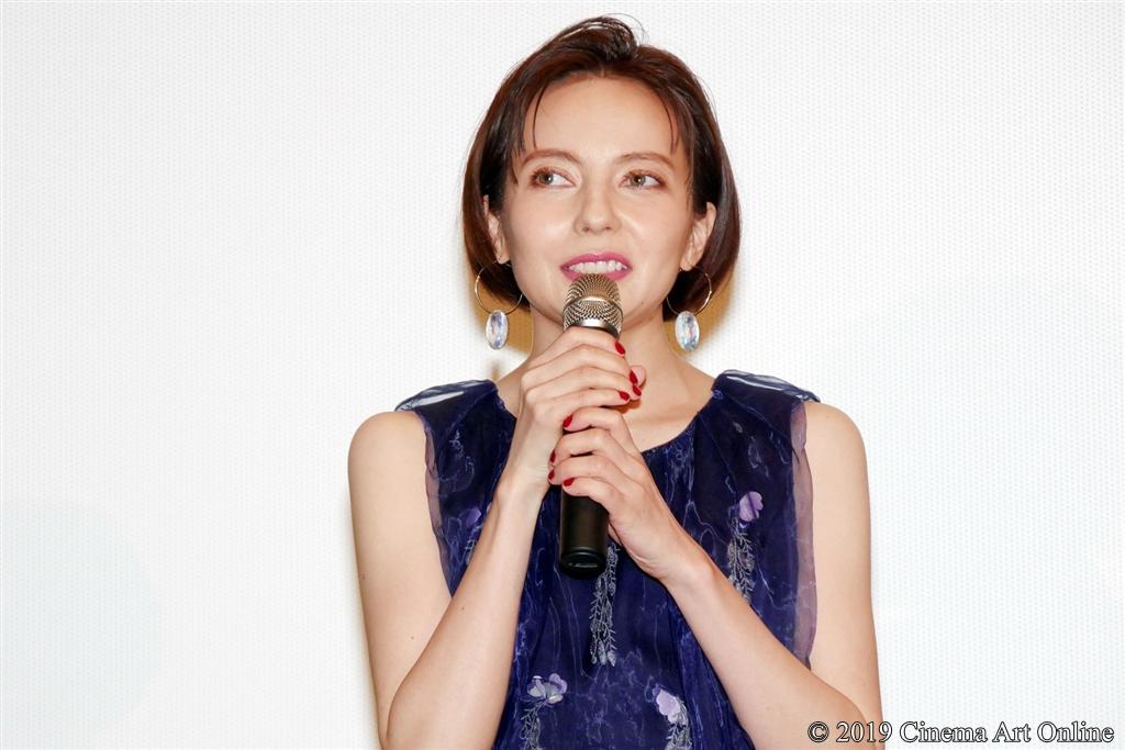 【写真】映画『麻雀放浪記2020』完成報告舞台挨拶 (ベッキー)