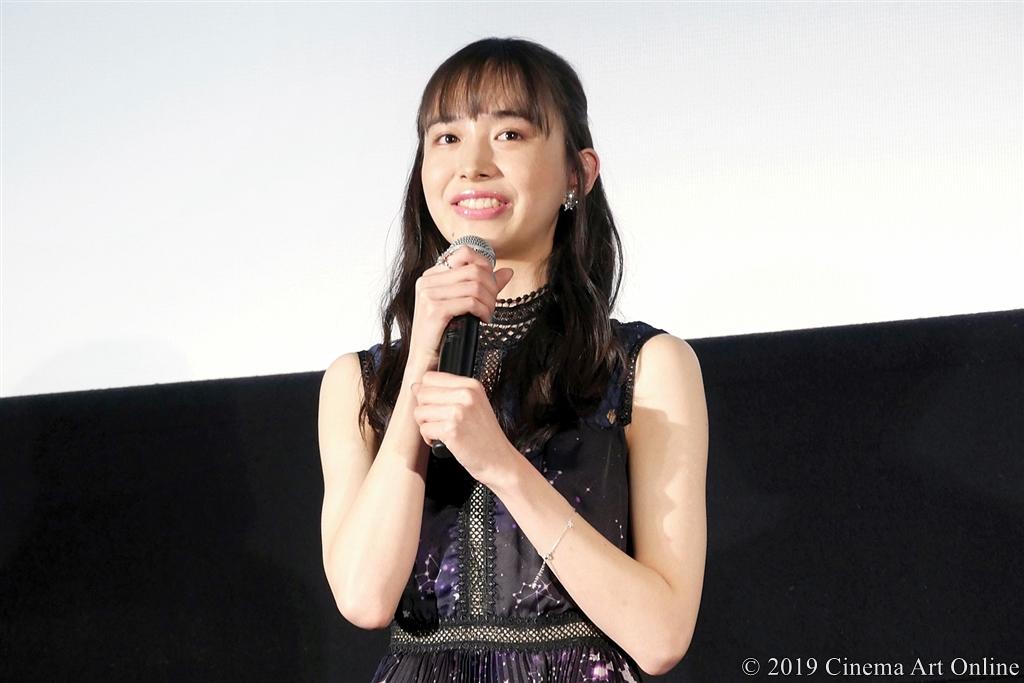 【写真】映画『4月の君、スピカ。』公開初日舞台挨拶 (井桁弘恵)