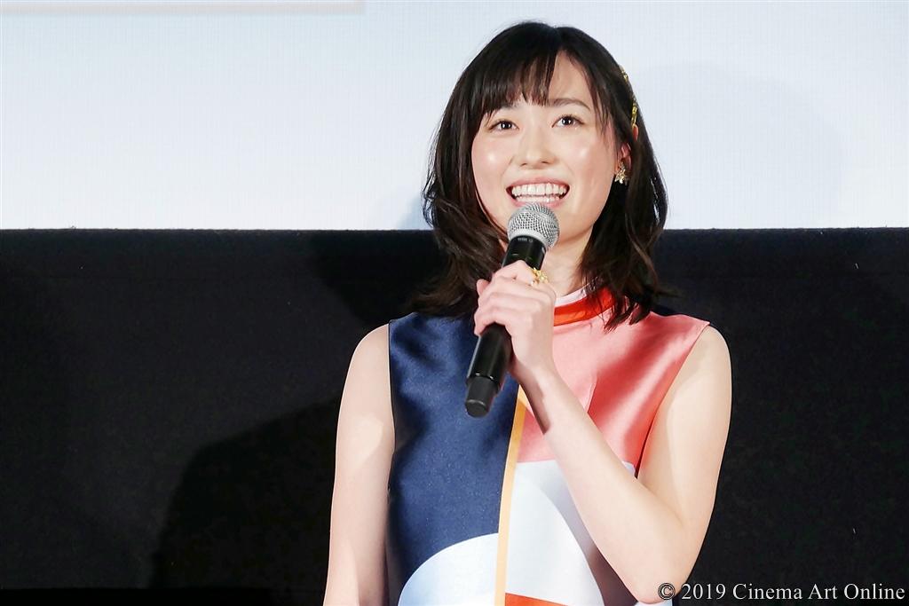 【写真】映画『4月の君、スピカ。』公開初日舞台挨拶 (福原遥)