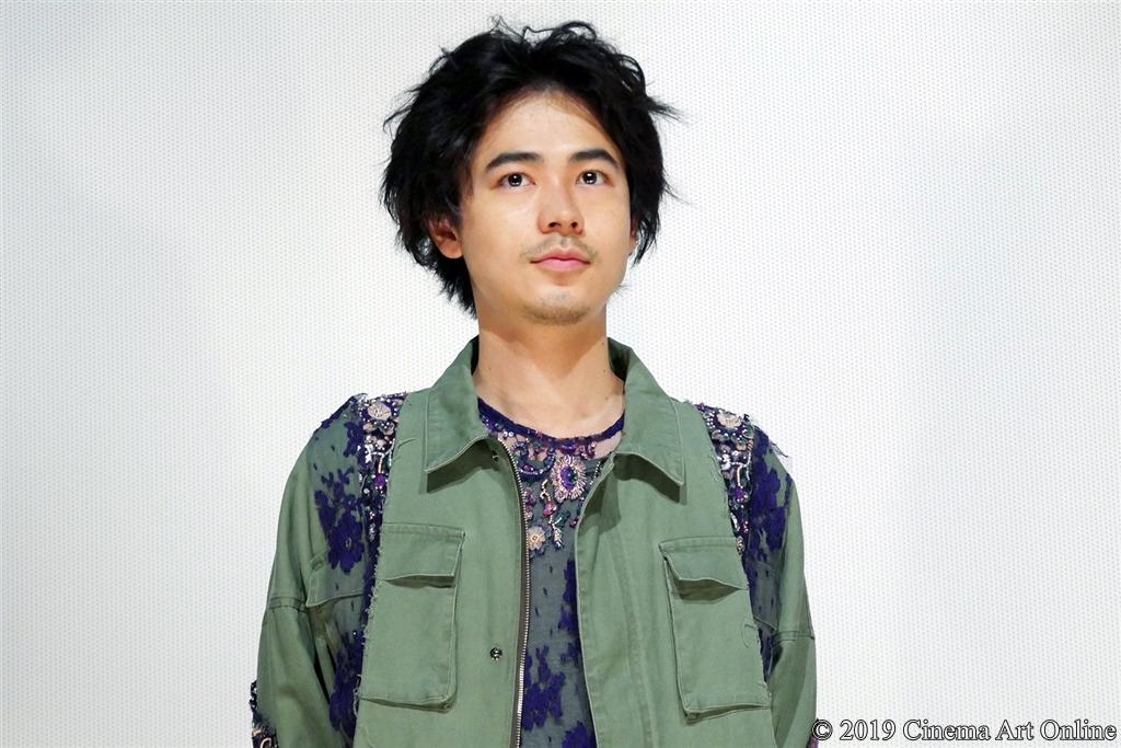 【写真】映画『愛がなんだ』公開記念舞台挨拶 (成田凌)