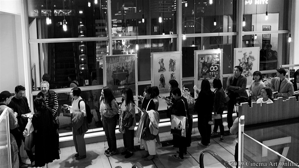 【写真】映画『アメリカン・アニマルズ』バート・レイトン監督来日 (サイン会)