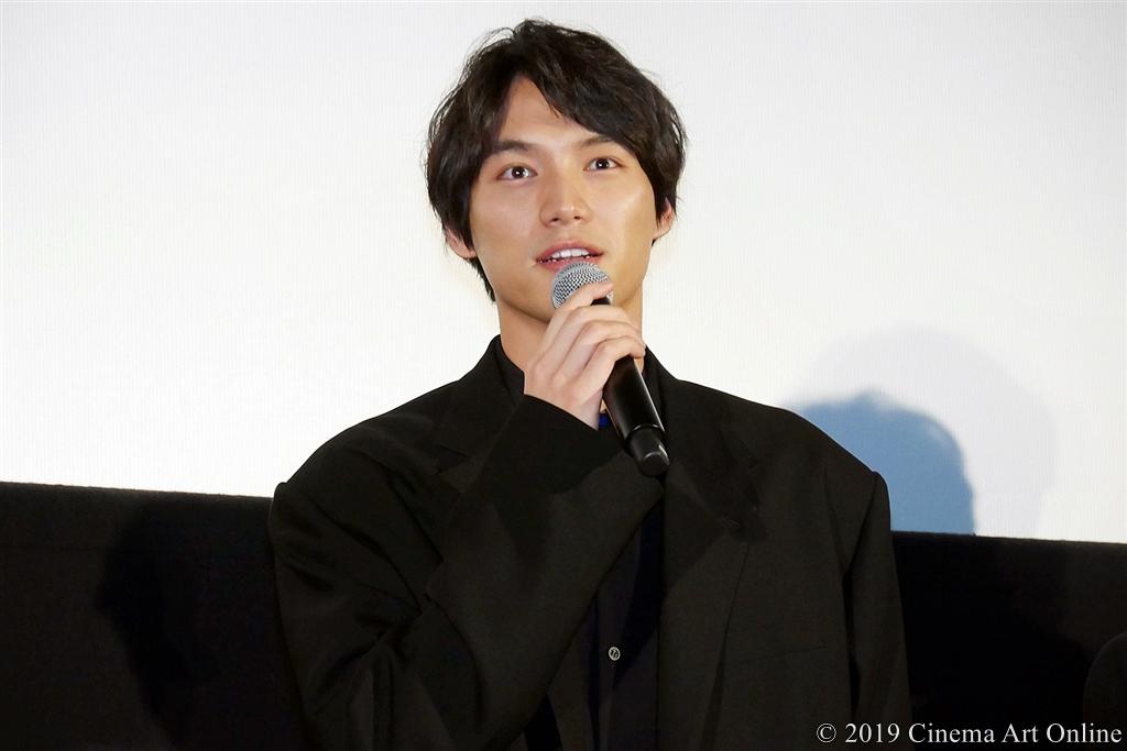 【写真】映画『ザ・ファブル』完成披露試写会舞台挨拶 (福士蒼汰)