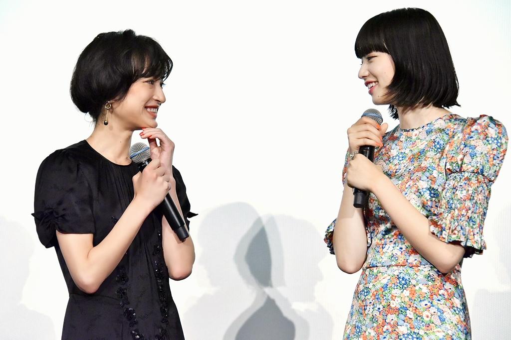 【写真】映画『さよならくちびる』公開初日舞台挨拶 (小松菜奈、門脇麦)