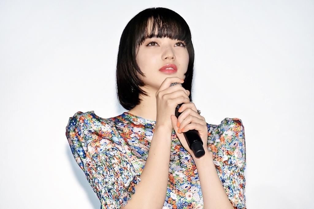 【写真】映画『さよならくちびる』公開初日舞台挨拶 (小松菜奈)