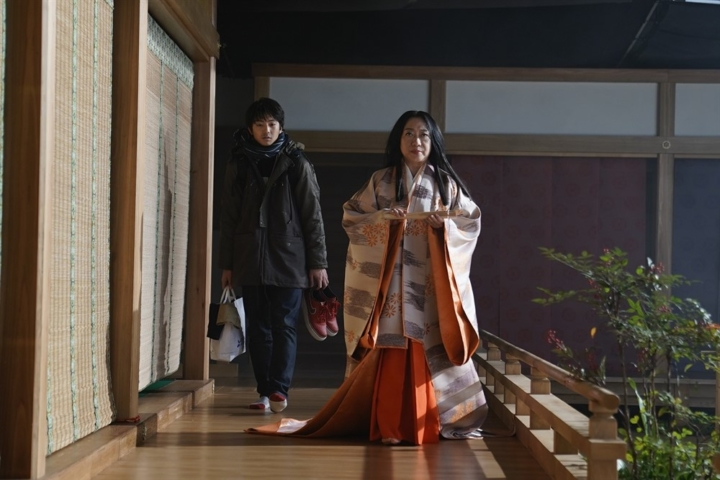 【画像】映画『十二単衣を着た悪魔』場面カット