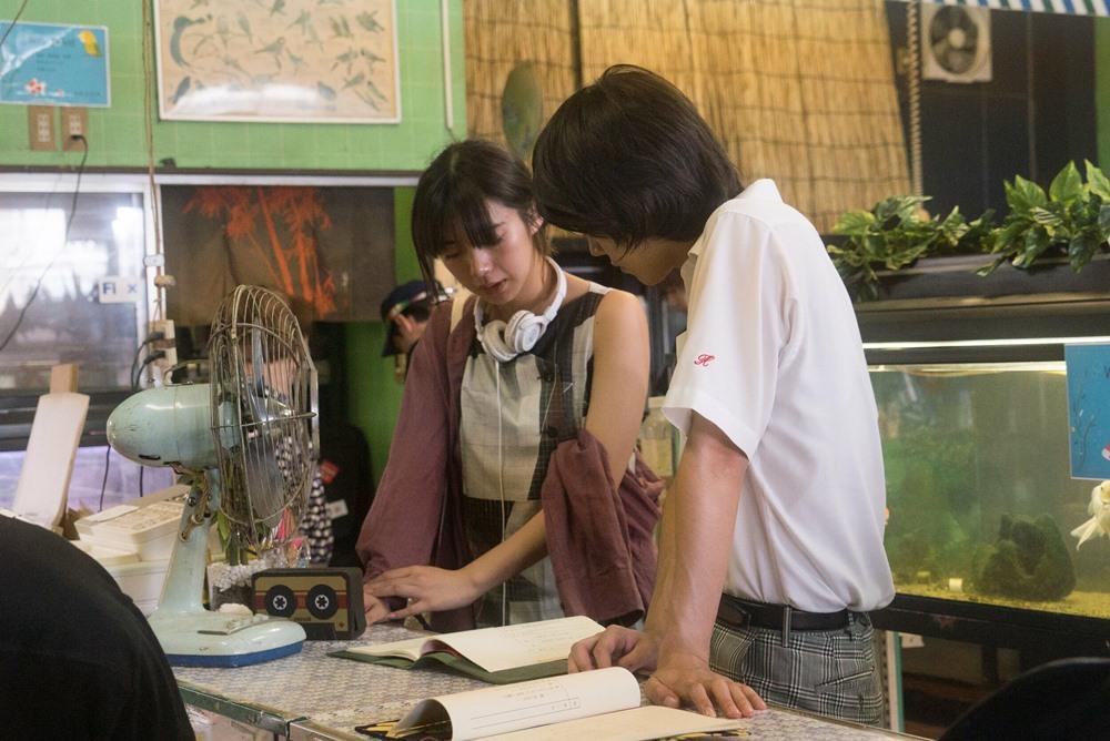 【写真】映画『夏、至るころ』メイキングカット (池田エライザ監督&倉悠貴)