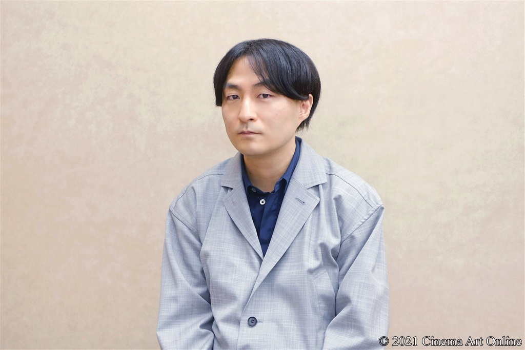 【写真】映画『さんかく窓の外側は夜』森ガキ侑大監督インタビュー