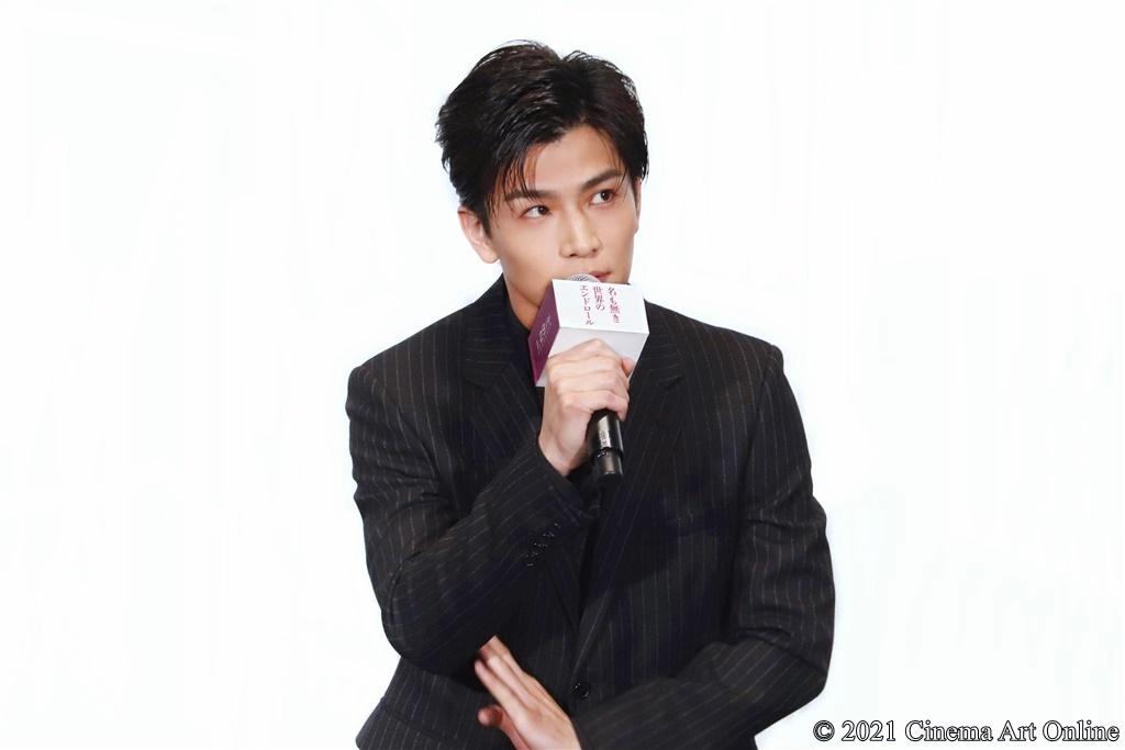 【写真】映画『名も無き世界のエンドロール』公開記念舞台挨拶 (岩田剛典)