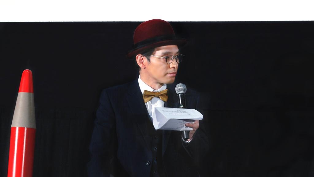 【写真】映画『さんかく窓の外側は夜』ティーチイン付き上映会 (赤ペン瀧川)