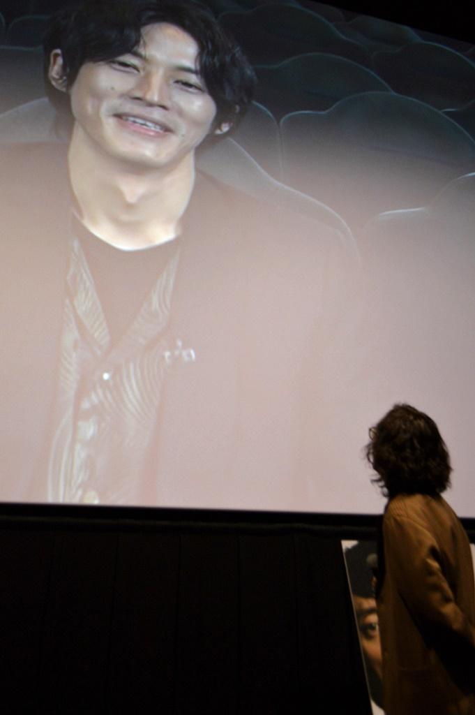 【写真】映画『孤狼の血 LEVEL2』トークイベント付き先行上映会 舞台挨拶 (滝藤賢一/松坂桃李ビデオメッセージ)
