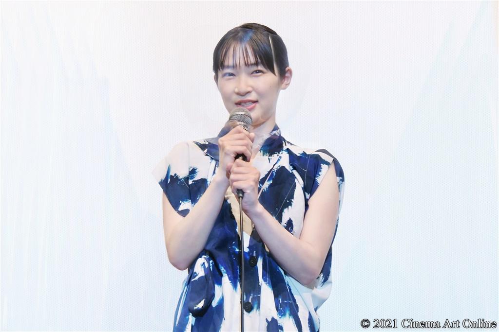 【写真】映画『うみべの女の子』公開初日舞台挨拶 (石川瑠華)