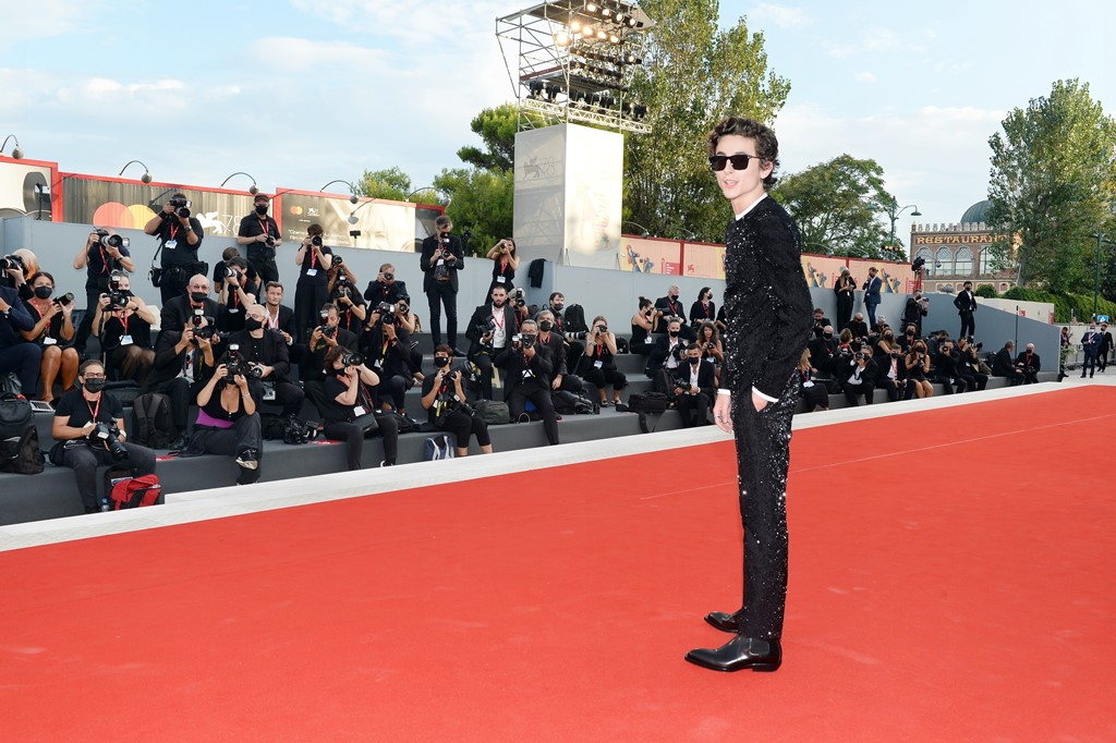 【写真】第78回 ヴェネチア国際映画祭 レッドカーペット (ティモシー・シャラメ)