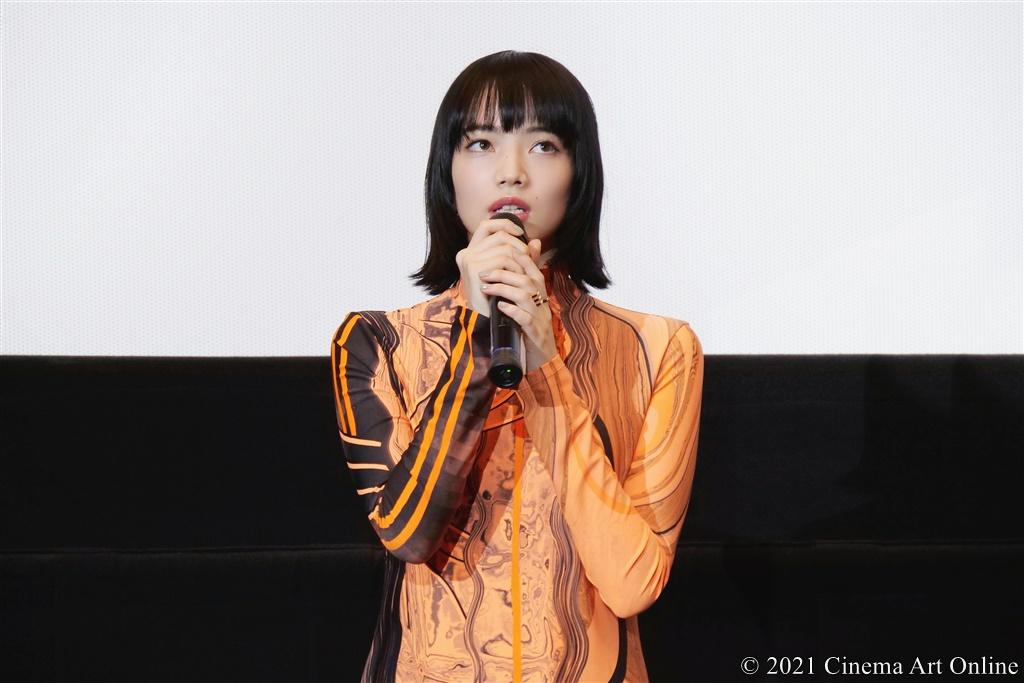 【写真】映画『恋する寄生虫』完成披露試写会 舞台挨拶 (小松菜奈)