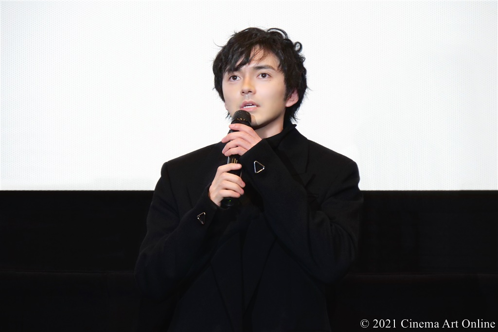 【写真】映画『恋する寄生虫』完成披露試写会 舞台挨拶 (林遣都)